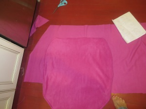 Cutting angle of upper portion of cape for left side.